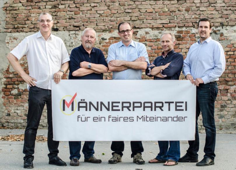 Maennerpartei-Gruppenbild-5